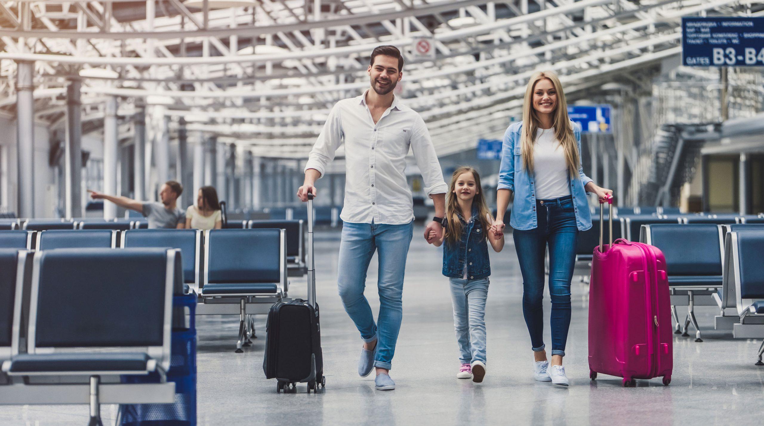 oppforsel flyplass USA sikkerhetskontroll tips hvordan vaere